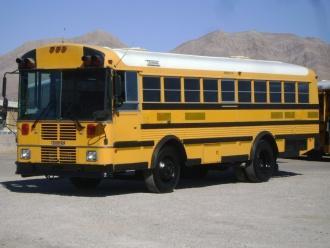 Thomas-School-Bus-with-wheelchair-lift-B41150