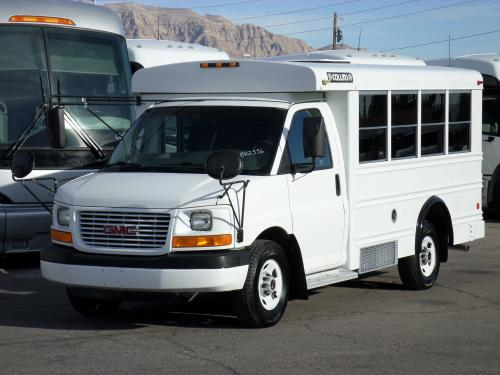 Used Daycare Mini Bus For Sale B22556 2004 GMC Collins