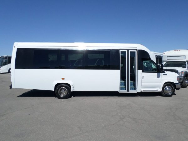 Passenger Side Shot of 2016 KSIR E4-290RL Shuttle Bus