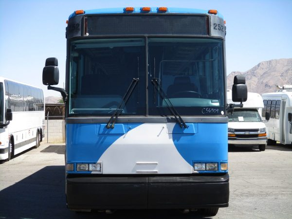 Front View of 2004 MCI D4000 ADA Highway Coach