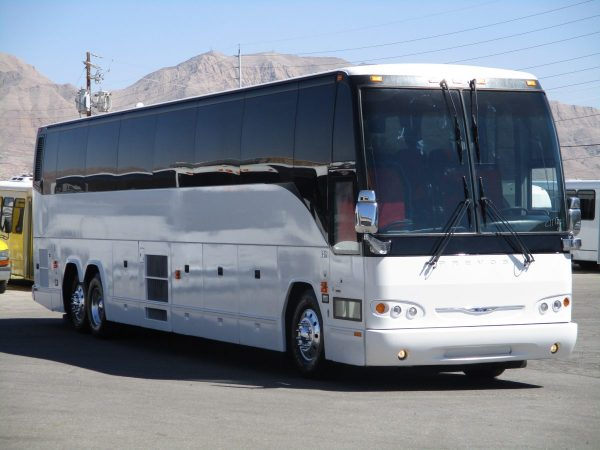 Exterior Shot of 2008 Prevost H3-45 Highway Coach