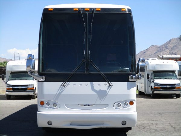 Front View of 2008 Prevost H3-45 Highway Coach