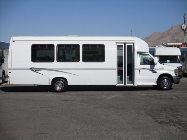 Side View of 2010 Ameritrans 285 Shuttle Bus