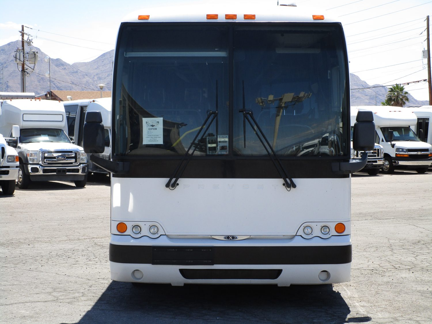 2017 Prevost X3-45 Lift Equipped Highway Coach C37339