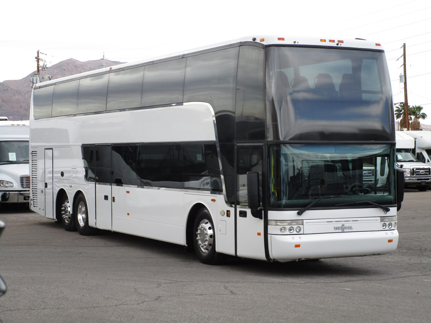 Used & New Coach Buses for Sale - Big Passenger Buses