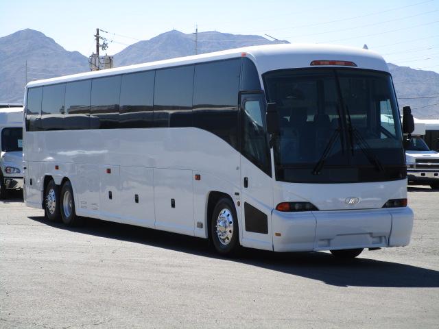 2006 MCI J4500 Highway Coach C63262