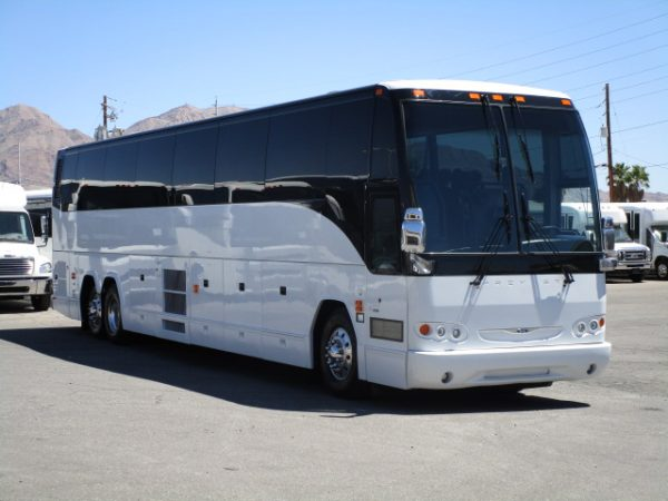 Used & New Coach Buses for Sale - Big Passenger Buses   Las