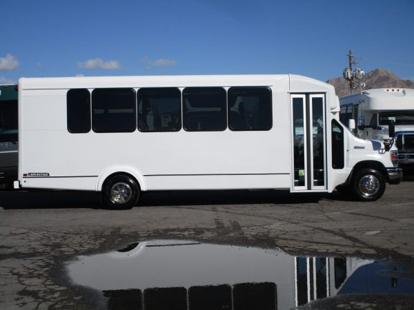 2019 ElDorado Advantage Shuttle Bus Passenger Side