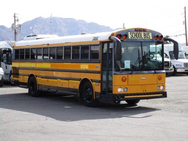 2005 Thomas Saf-T-Liner HDX School Bus Passenger Side Front