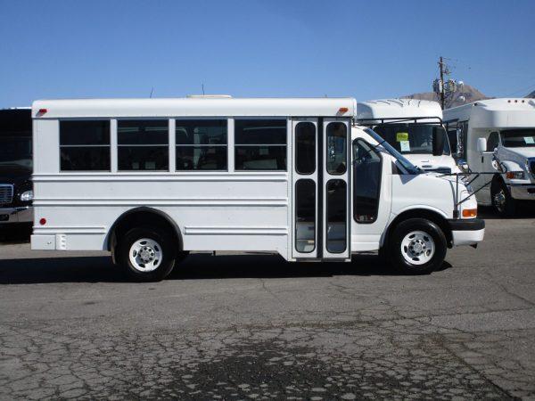 2006 Collins Bus Bantam Daycare Bus Passenger Side