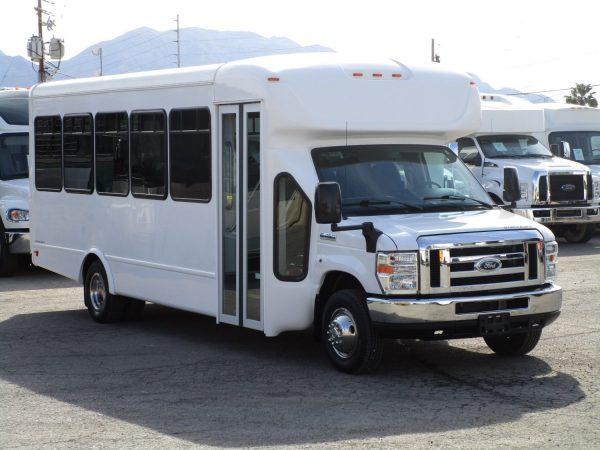 2015 Starcraft Allstar Shuttle Bus Front Passenger
