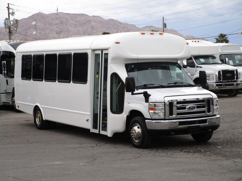 2016 Starcraft Allstar Shuttle Bus Front Passenger