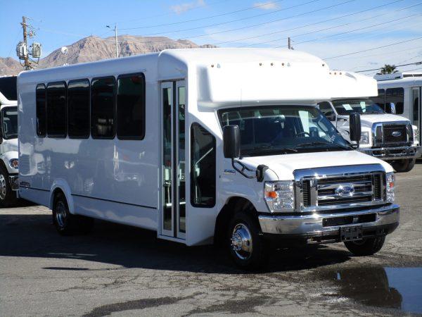 2019 ElDorado Advantage Shuttle Bus Drivers Front