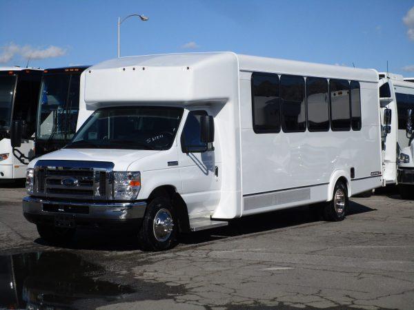 2019 ElDorado Advantage Shuttle Bus Drivers Side Front