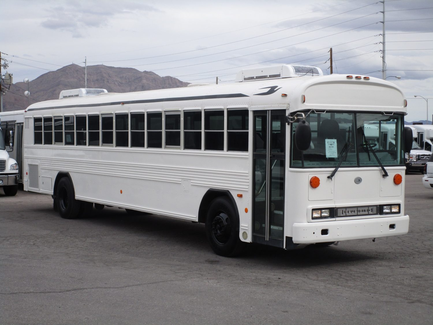 2009 Blue Bird All American Passenger Bus Front Passenger